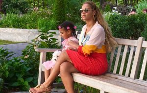 Blue Ivy Carter and Beyonce - Puppy