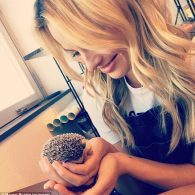 Margot Robbie - Hedgehog