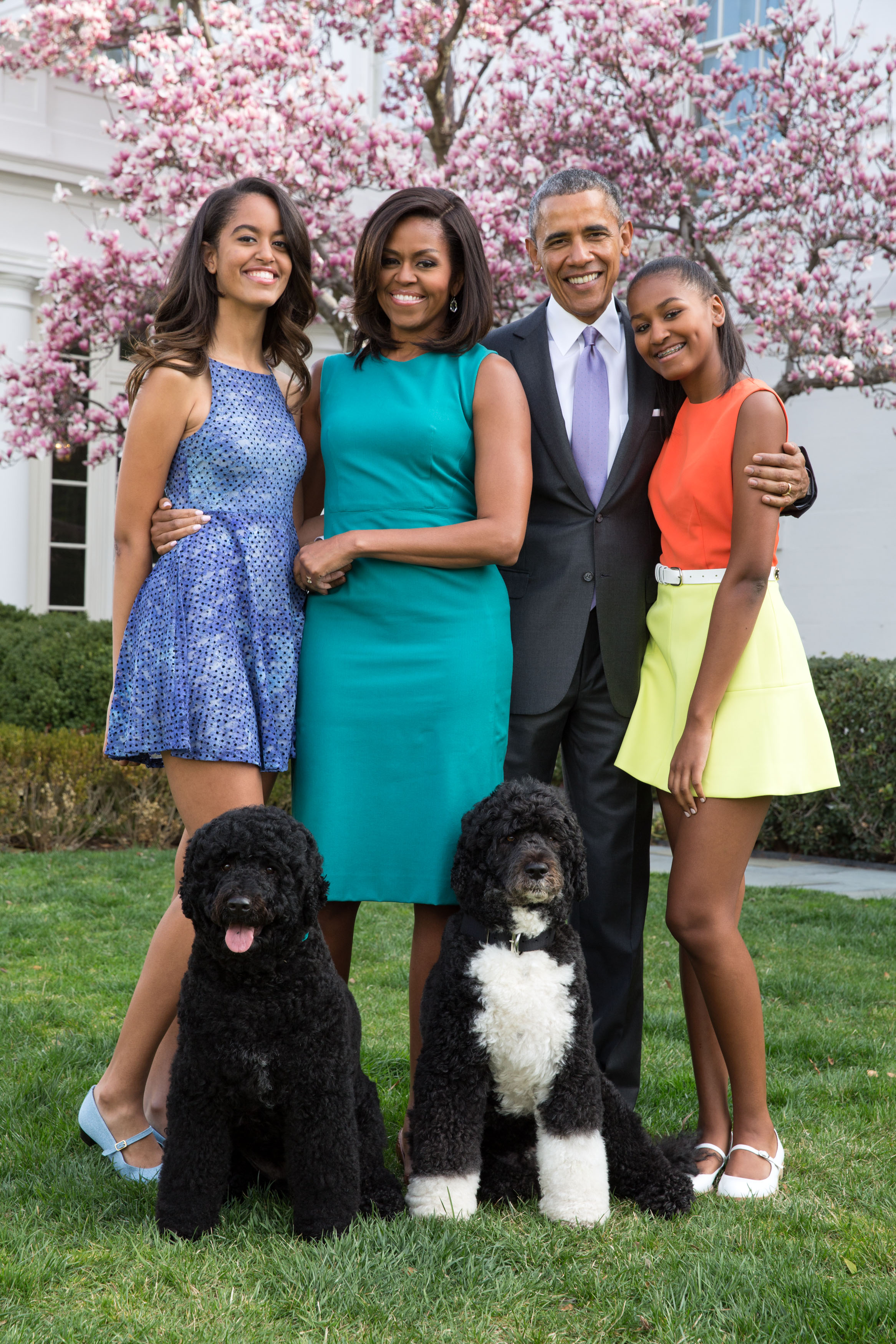 President Obama and family with Bo and Sunny