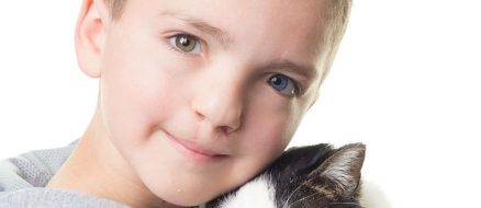 Kid with Cleft Lip & Heterochromia Adopts Cat With Cleft Lip & Heterochromia: Too Cute